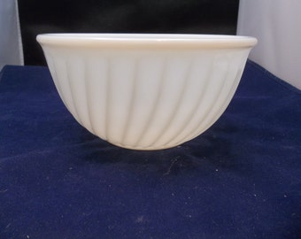 "Fire King Vintage 9"" White Swirl Milk Glass Mixing Bowl"