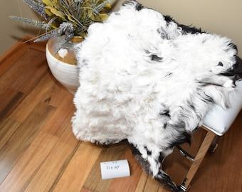 "Real Swedish Tibetan Lambskin Sheepskin Rug,Curly Wool,Pelt,Throw,Chair Cushion, or Pet Bed L-43 31X24"""