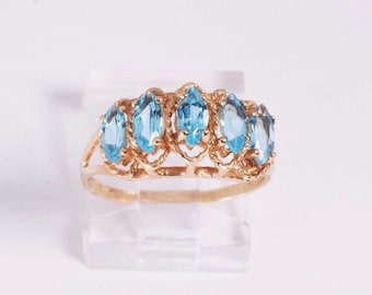 10K Yellow Gold Blue Topaz Ring, 2.2 grams, size 7.25