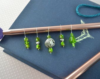 Knitting stitch markers, place markers, slip markers, green, metal, no snag, set of 5