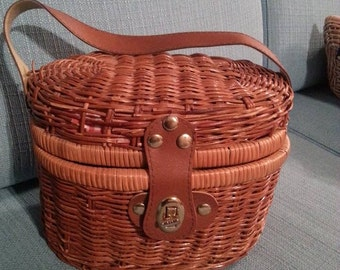 Small Picnic Basket for Two with Full Tea Set and Silverware
