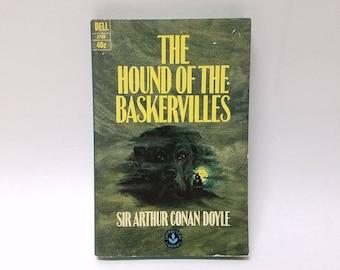 Vintage Sherlock Holmes The Hound of the Baskervilles Dell Paperback 1964 Edition