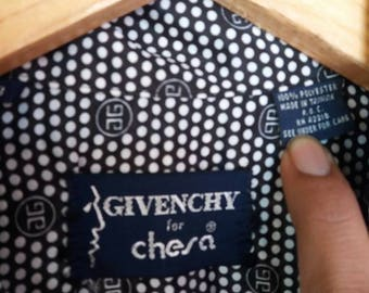 Vintage Givenchy for cesar button down/m size/fashion designer/blogger/made in taiwan