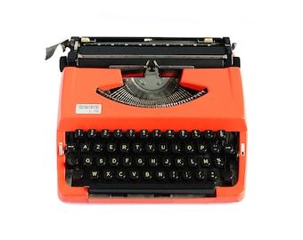 1970 Vintage French JAPY L.72 Typewriter