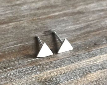 Tiny Triangle Stud Earrings // Sterling Silver earrings // Geometric // Minimalist Earrings