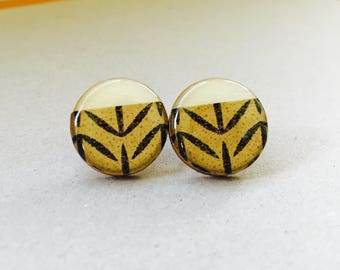 20mm Gold and Black Leaf Resin/Bamboo Round Studs • Earrings • Hypoallergenic • Surgical Steel • Glossy