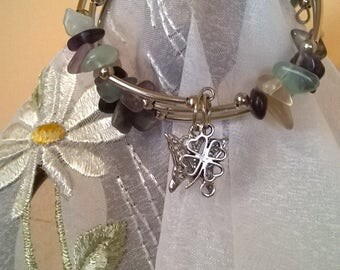 Stylish memory wire bracelet and chips FLUORITE-Gift.