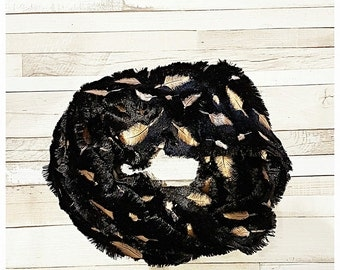 beautiful soft snood with gold leaf pattern