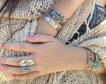 RARE & Feminine •• Vintage Willie Shaw Floral Appliqué Native American Sterling Ring - 8.5