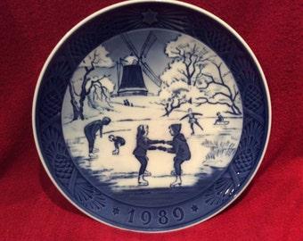 Royal Copenhagen Porcelain Plate The Old Skating Pond 18cm diameter