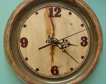 Cabin Wood Retro Clock