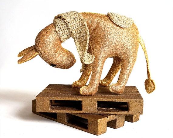 Ego Gold - Donkey Gold - Donkey Glitter - Donkey Sculpture - Magic Toy - Donkey Totem - Soft Sculpture - Wool Felt Toys - Toy Farm Animals