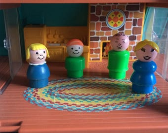 1974 Fisher Price A Frame House and Four Little People!