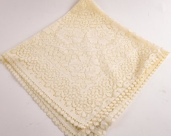 Vintage Off White Cotton Lace Table Cloth features off white lace 35 square