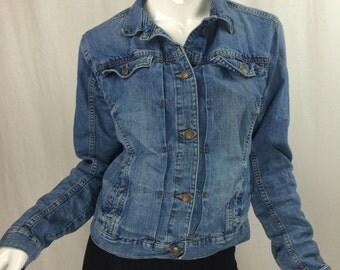 Denim Button Front Jean Jacket Size Medium Long Sleeve Jacket with Pockets