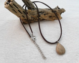 16 Inch Brown Faux Suede and Grain Stone Necklace (00151)