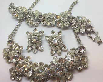 """Juliana D+E parure from the 1950s necklace measures 15.1/2"""" in length bracelet measures  7"""" earrings measure 1.1/2""""   In pristine c"""