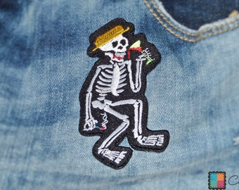 Patch / patch - saufendes skeleton biker - white - 9.4 x 5 cm - patch application applications to the iron application patches patch