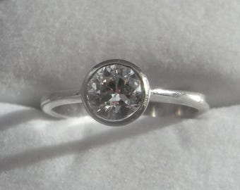 Wonderful Vintage 0.85ct Diamond Solitaire