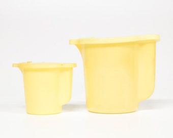 2 Vintage Tupperware containers-Retro kitchen-storage