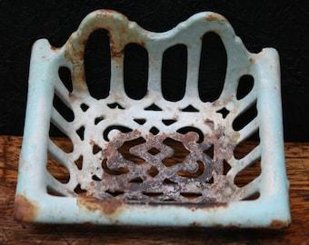 antique email SOAP dish, soap dish porte savon and émail, enamel, France, 1920.