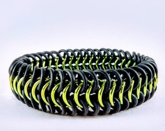Stretchy Bracelet Chainmaille Handmade Shiny Anodized Aluminum & EPDM Rubber