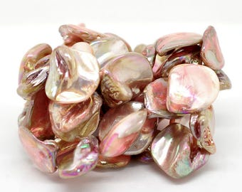 Pink shell (nacre) fresh water pearls