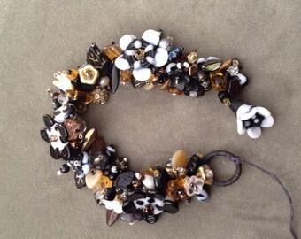 """Beaded flower bracelet 7"""""""