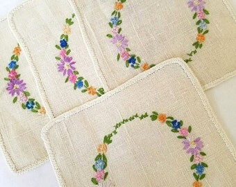 Vintage Linen Coasters and Tray Cloth – Hand-Embroidered – c. 1950
