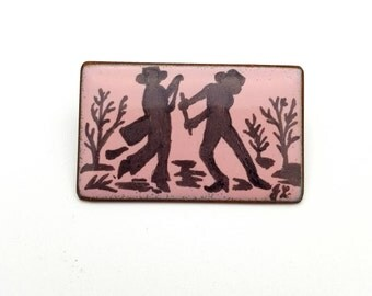Farming Pink Enamel Painted on Metal Brooch Signed GL Vintage from the 90s Summer Farmer Farm Country Planting Vegetable Garden Gardening