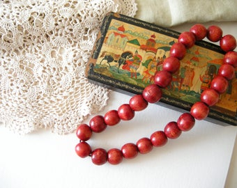 Vintage Red beads Wooden necklace Folk jewelry for women Retro jewelry Ukrainian necklace Handmade beads Women's necklace Red wooden beads
