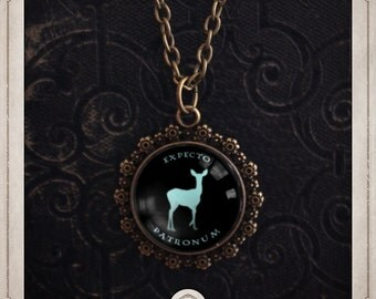 HARRY POTTER Patronus DOE necklace bronze cabochon and glass 20mm Hogwarts Expecto Patronum cameo COC039