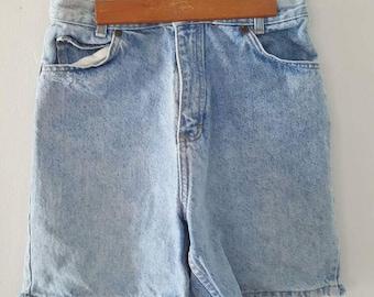 1990's vintage high-waisted denim jean shorts