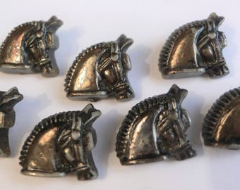 Vintage Horse buttons 7 Horses head buttons : 5/8ths inch wide // jewellery making etc