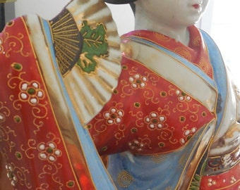 Satsuma Japanese porcelain Geisha 19th sculpture