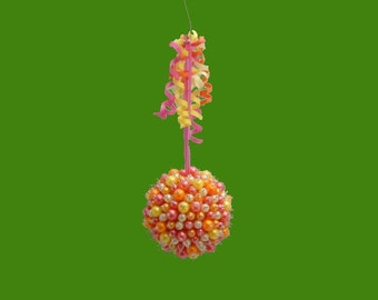 Hello Dolly ornament ball