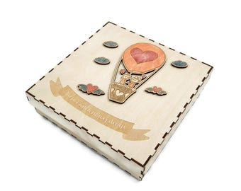 Wooden best-wishes wedding box for small gifts 'BALOON'- Fabryka Gadżetów - Wedding gifts ideas
