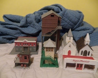 Train HO/O scale buildings ( 7 )