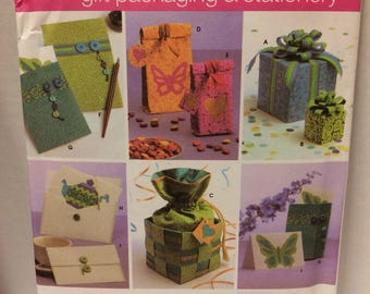 Sewing  pattern Simplicity gift packaging and stationary pattern 4800