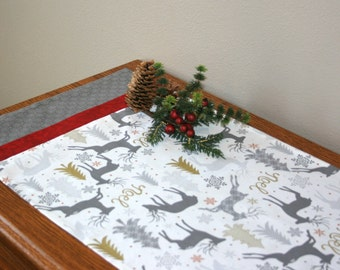 Christmas table runner, holiday table runner, reindeer table runner