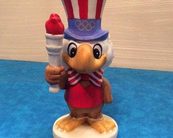 Sam The Olympic Eagle W/ Torch ~ 1980 L.A. Olympic Games Ceramic Figurine ~ Papel Figurine