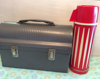Vintage Metal Lunchbox w/ Red and White Thermos ~ 1960's Universal Thermos