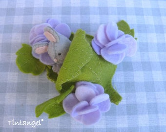 Nap between the flowers - PDF pattern - instand download