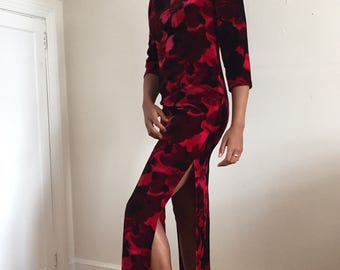 Vintage 80s Red Floral Velvet Cheongsam Dress / Long Asian Wiggle Dress Qi Pao size 4-6