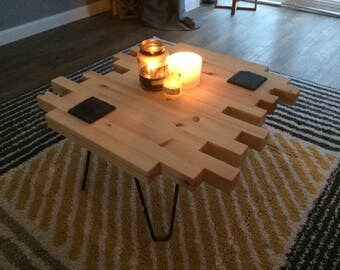 Coffee table, staggered, offset pine with hairpin legs.