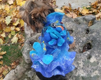 felting clothes for small dogs.