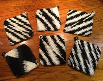 Grandma's Crocheted Black-n-White Pot Holders 6 Pack