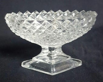 Vintage Oval Clear Cut Glass with Diamond Shape Base Open Salt Dish