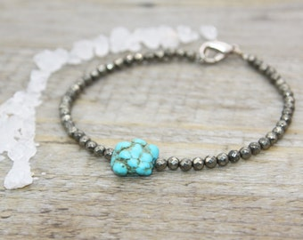 Pyrite bracelet and turquoise / gemstones pearls / gems