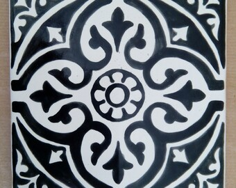 Artistic tile hand painted black and white. Mosaic 15x15 cm.